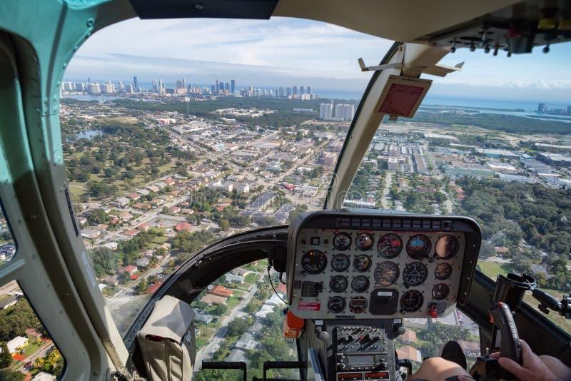 迈阿密看法从直升机的客舱的 免版税库存图片