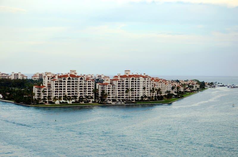 迈阿密,在费希尔岛的看法 免版税图库摄影