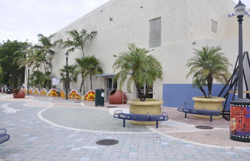 迈阿密,威严第9 :从迈阿密的一点哈瓦那公共广场在佛罗里达美国 免版税库存照片