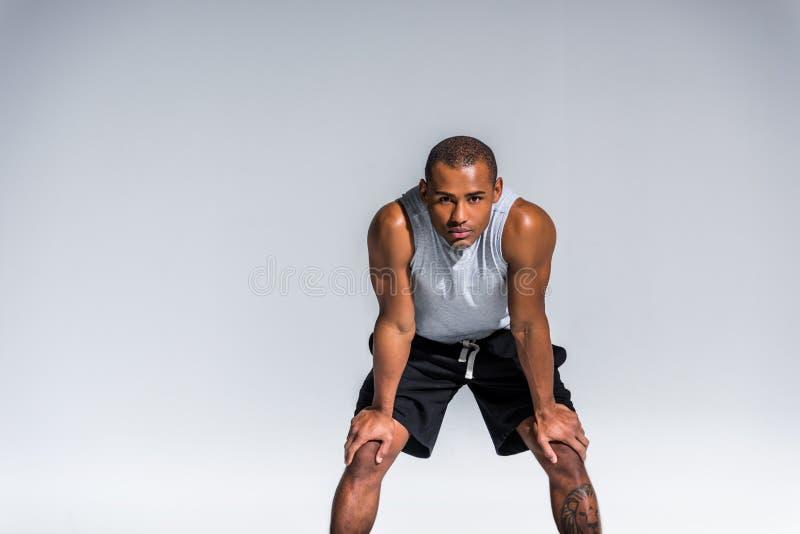 运动年轻非裔美国人的运动员 免版税库存图片