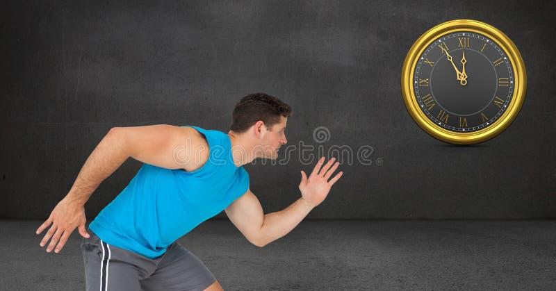 运动的人赛跑,当看在墙壁上时的时钟 免版税库存图片