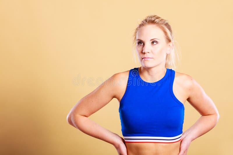 运动适合健身妇女认为 免版税库存照片