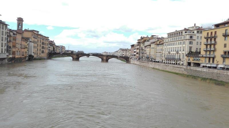 运河和桥梁在佛罗伦萨 库存照片