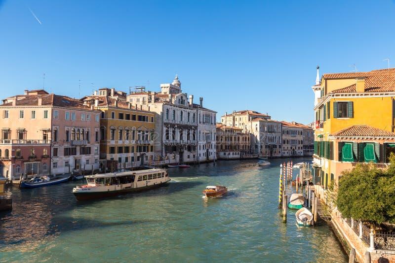 运河重创的威尼斯 库存照片