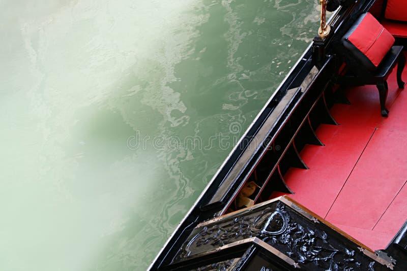 运河长平底船威尼斯 免版税图库摄影