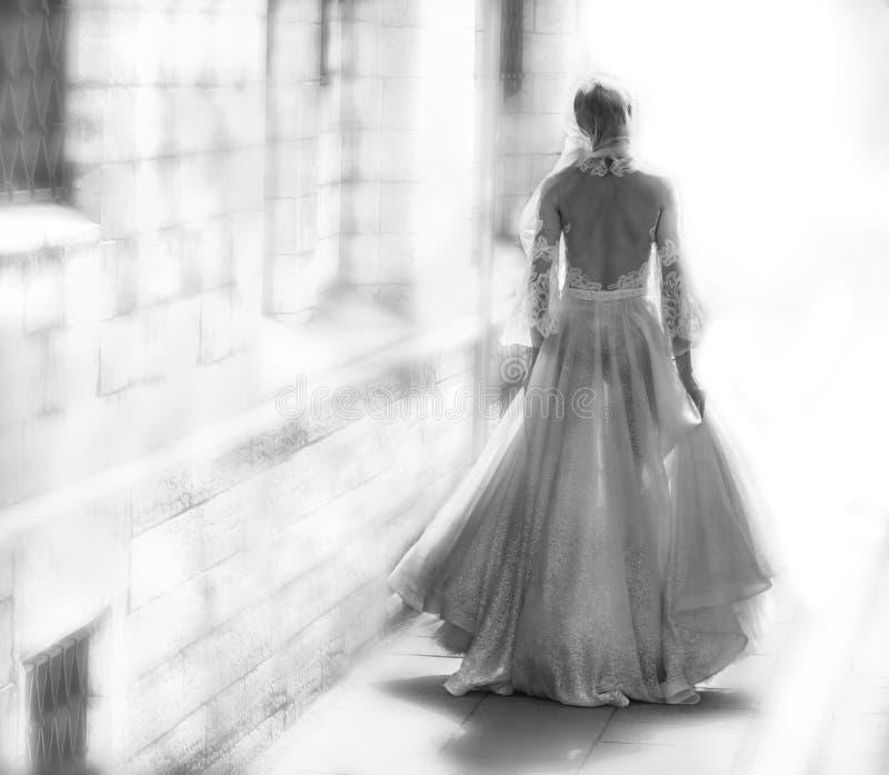 运行的新娘 免版税库存图片