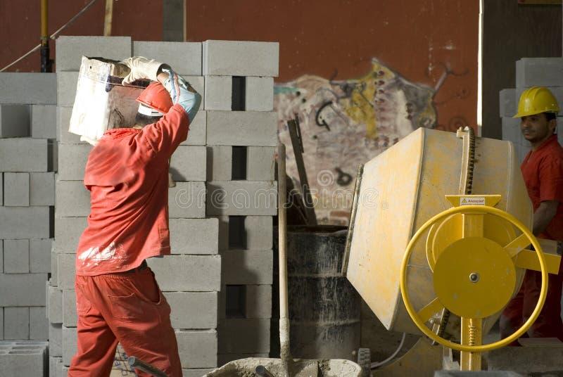运载建筑水平的物质工作者 库存图片