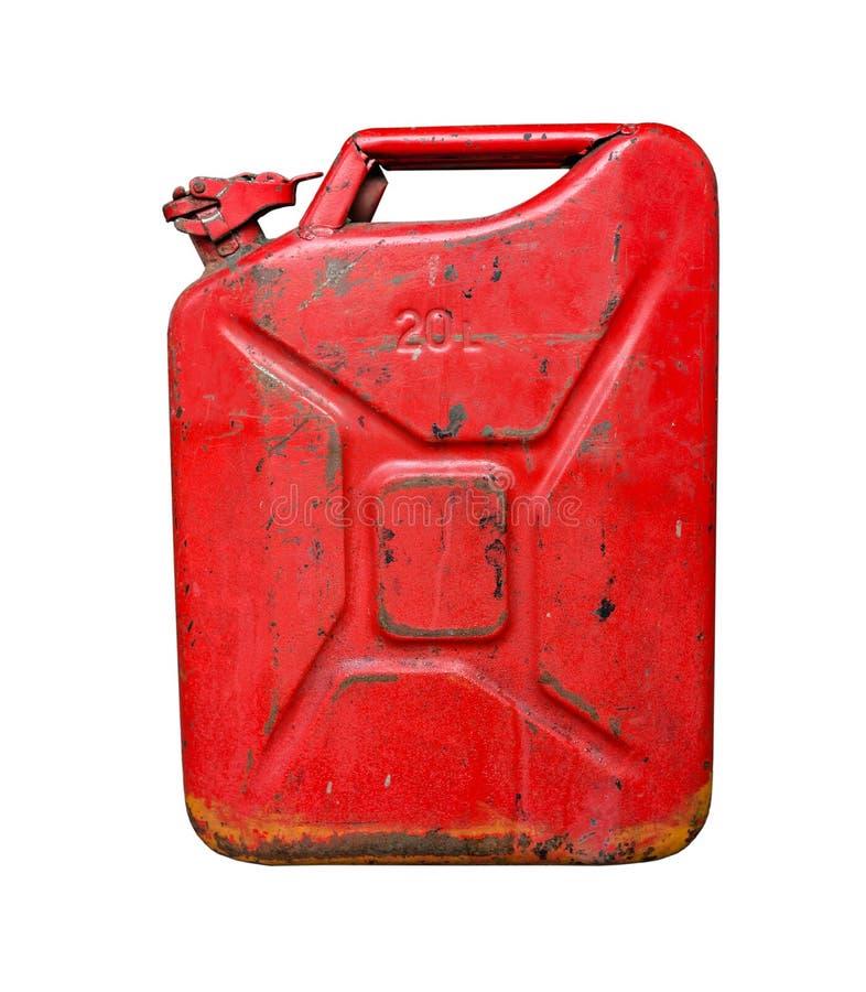运输和存放的汽油老红色金属汽油箱 背景查出的白色 免版税库存图片