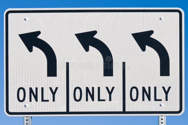 运输路线左拐 免版税库存图片
