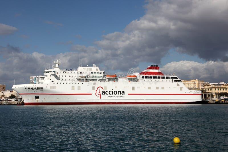轮渡船在马拉加,西班牙 库存图片