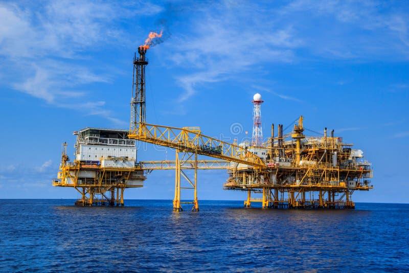 近海产业油和煤气 免版税库存照片