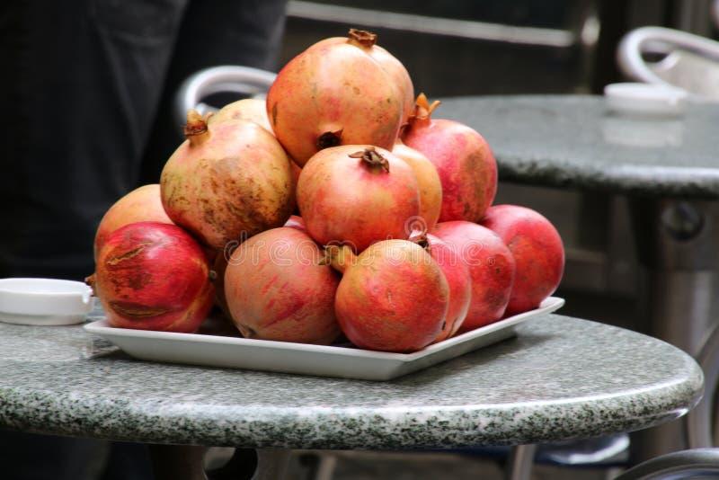 这些苹果看起来鲜美和可口 免版税库存图片