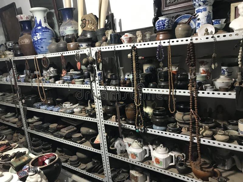 这是一家古董店 免版税库存照片