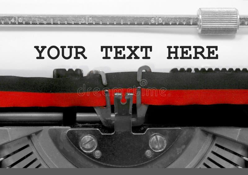 这里您的文本由老打字机发短信 免版税库存照片