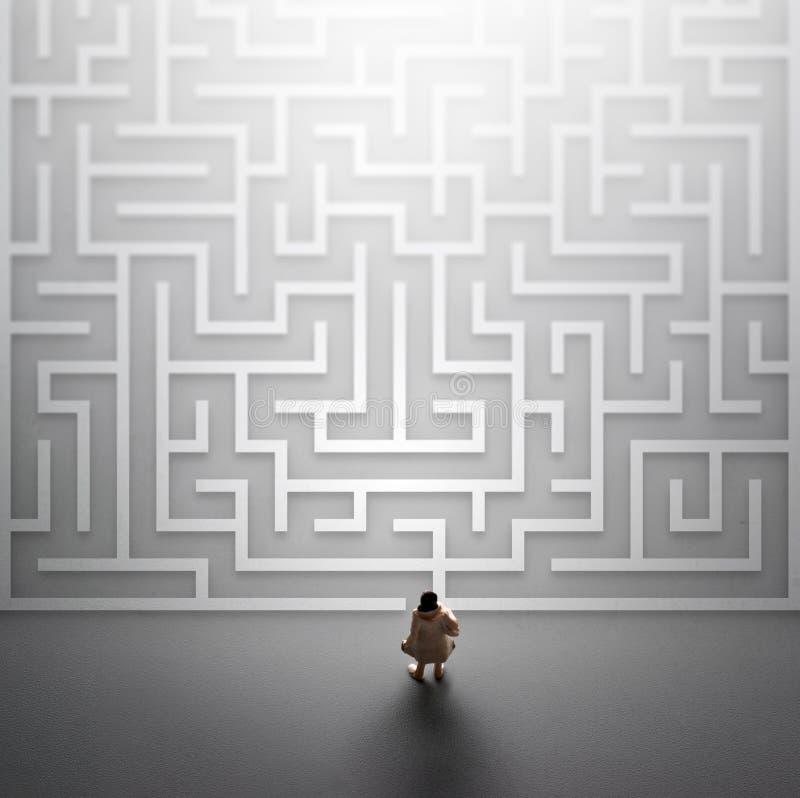 进入迷宫的微型人民 在生活概念的问题 免版税库存照片