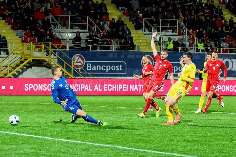 进球的Stancu (罗马尼亚)反对立陶宛橄榄球队 库存图片