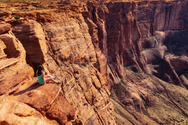 远足在大峡谷国家公园的旅行 免版税库存照片