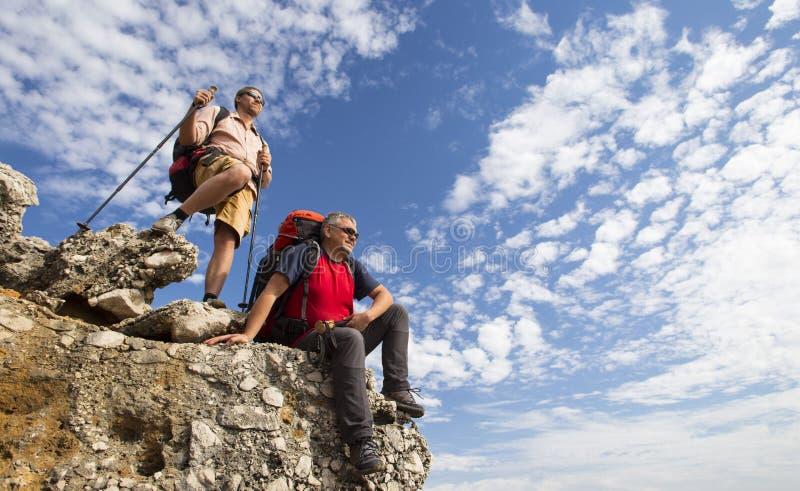 远足在山的夏天 库存照片