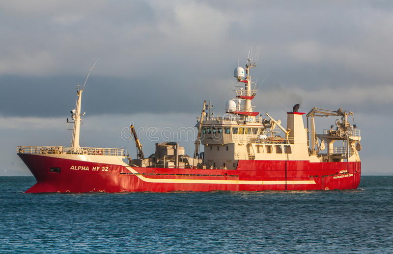 远洋捕鱼船 免版税库存图片