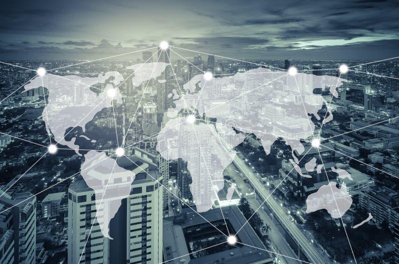 连接和网络系统概念在都市风景 库存照片