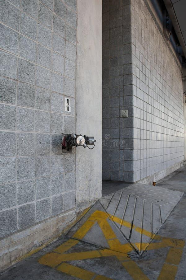 连接数室外喷水隆头 免版税库存图片