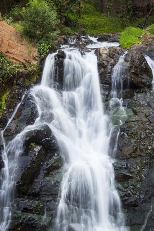 连续瀑布 库存照片