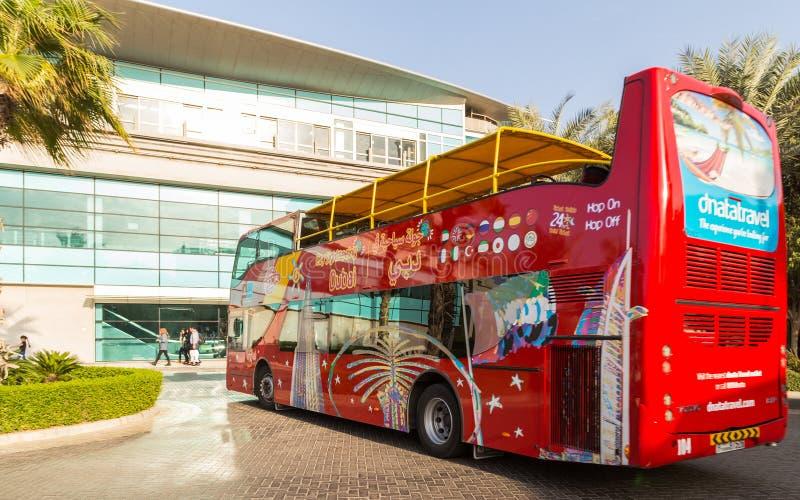 迪拜公共汽车旅途城市 免版税库存照片