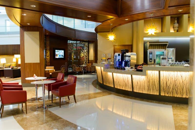 迪拜国际机场内部 免版税库存图片