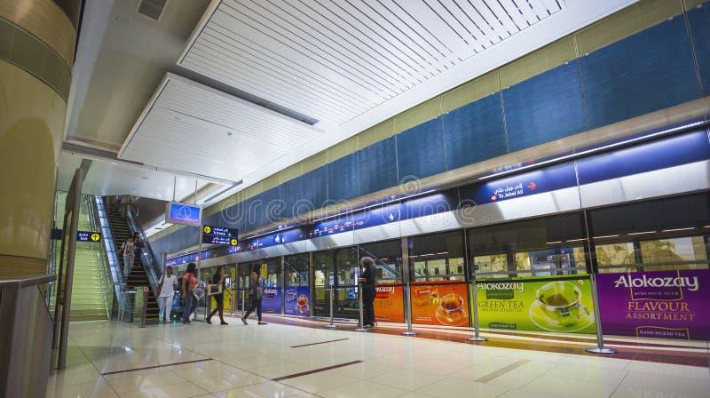 迪拜地铁当世界` s充分地长期自动化地铁网络75 免版税库存图片