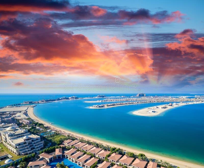 迪拜棕榈岛的直升机视图 图库摄影