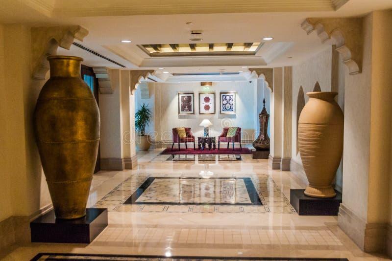 迪拜,阿拉伯联合酋长国- 2016年10月21日:Madinat卓美亚奢华酒店集团旅馆在迪拜,团结的阿拉伯人Emirat内部  库存照片