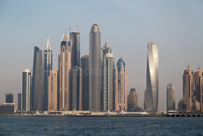 迪拜从海的小游艇船坞视图 库存照片