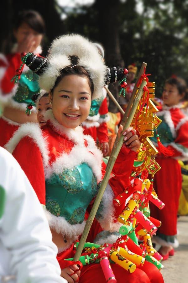 迷人的中国舞蹈演员 免版税库存图片