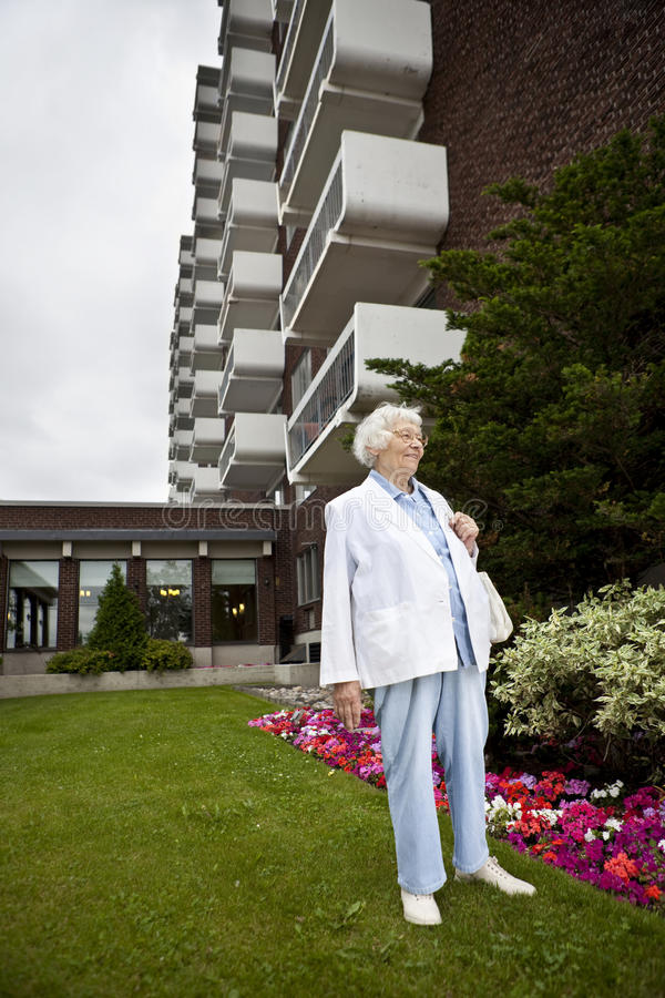 退休的高级妇女 免版税库存照片