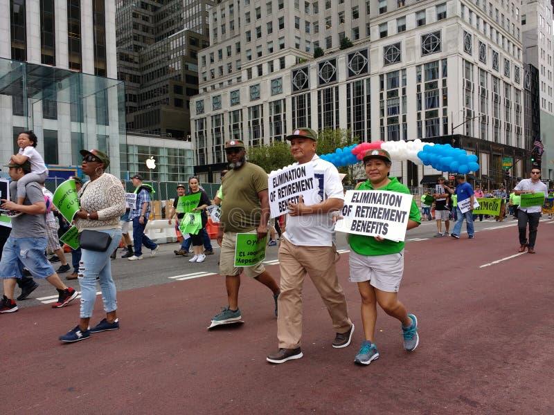 退休福利,纽约劳动节游行, NYC, NY,美国 免版税库存图片