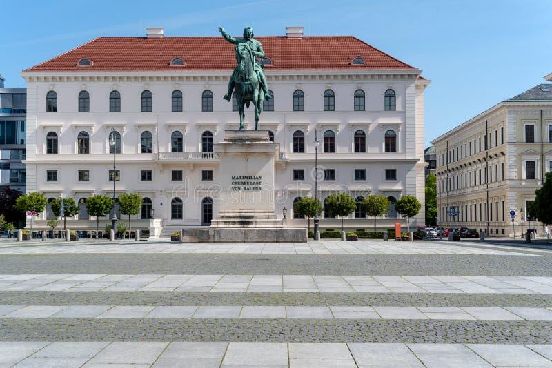 选举人马克西门科Churfuerst冯拜仁骑马雕象  免版税库存图片