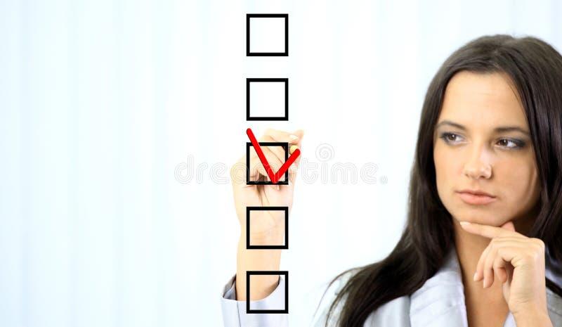 选择一的妇女 免版税库存图片