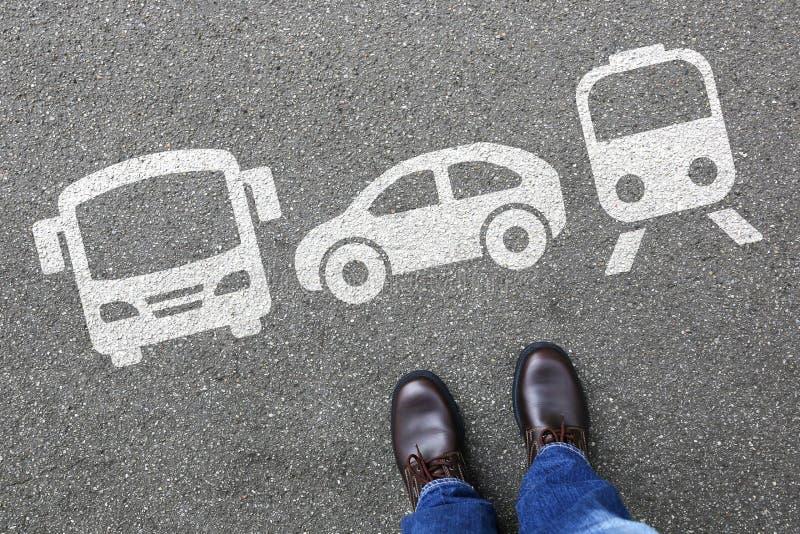 选择车辆交通城市mo的汽车公共汽车挑选人人民 库存图片