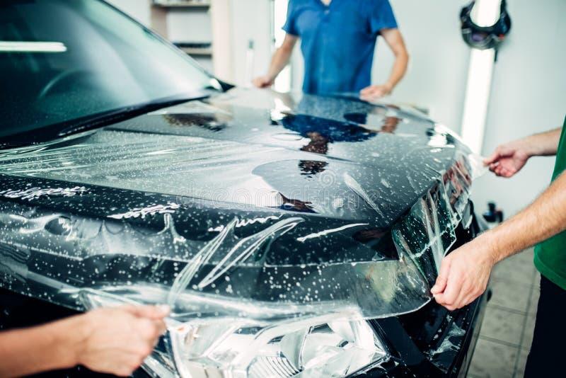 透明影片,汽车油漆保护 库存图片