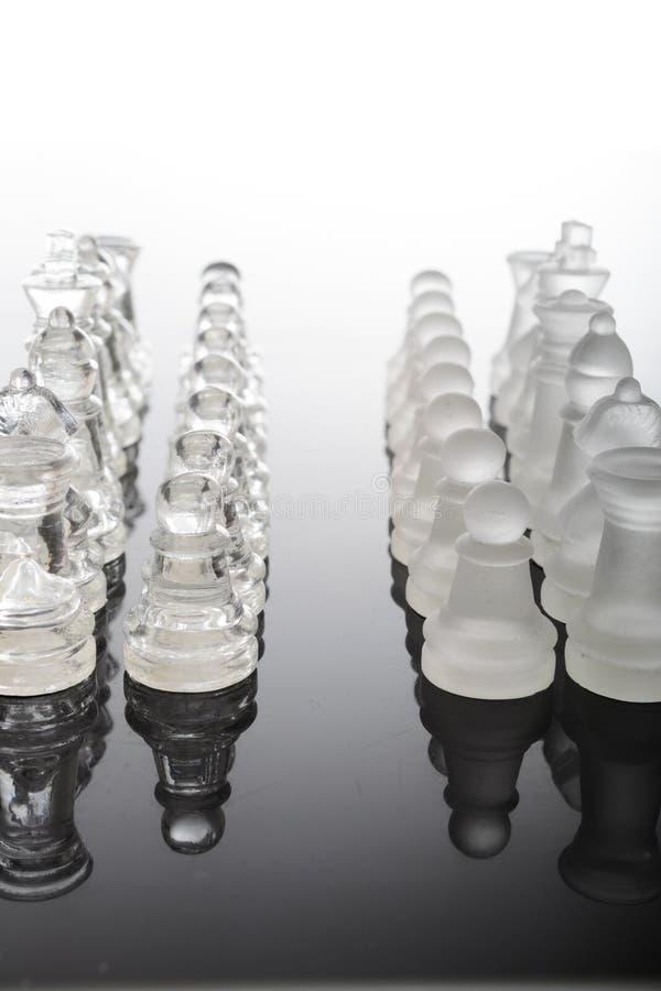 透明玻璃棋子 免版税库存图片