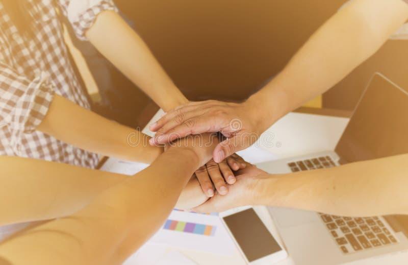 递小组配合或dreamteam企业概念 免版税库存图片