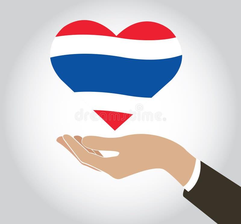 递拿着在心脏形状和背景的泰国旗子 皇族释放例证