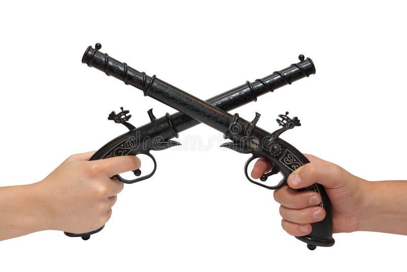 递老手枪二 库存照片