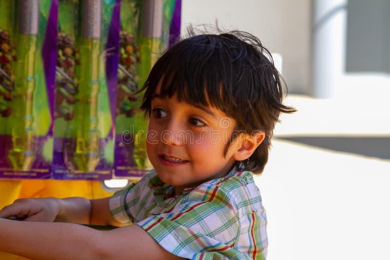 逗人喜爱男孩特写镜头画象微笑 免版税图库摄影