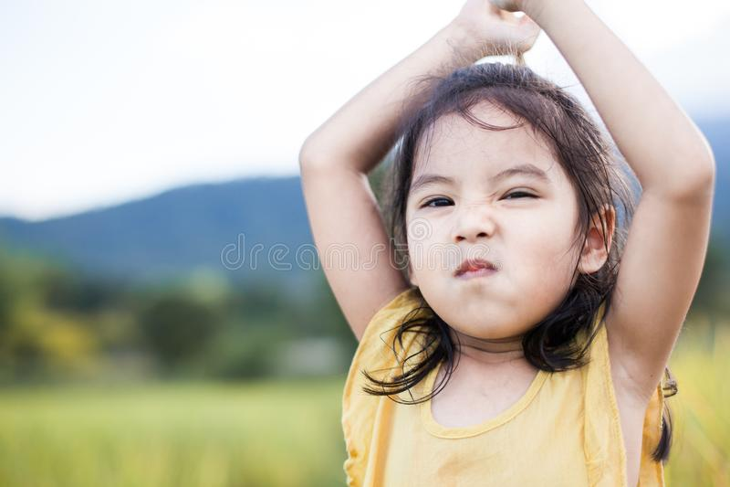 逗人喜爱的亚裔小孩女孩画象  免版税库存图片
