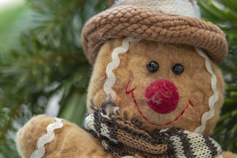 逗人喜爱的圣诞节加上玩具装饰树 免版税库存照片