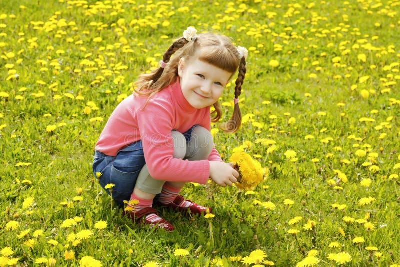 逗人喜爱的小女孩 库存照片