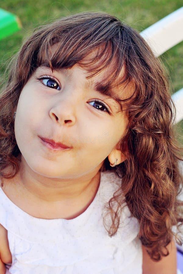 逗人喜爱的小女孩 库存图片