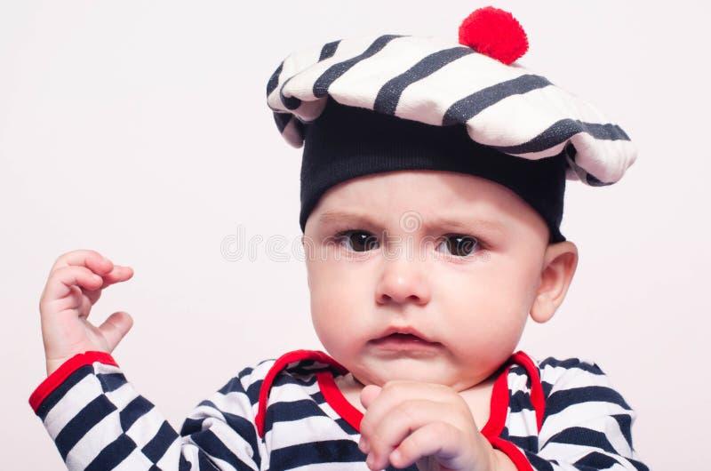 逗人喜爱的男婴恼怒 免版税图库摄影