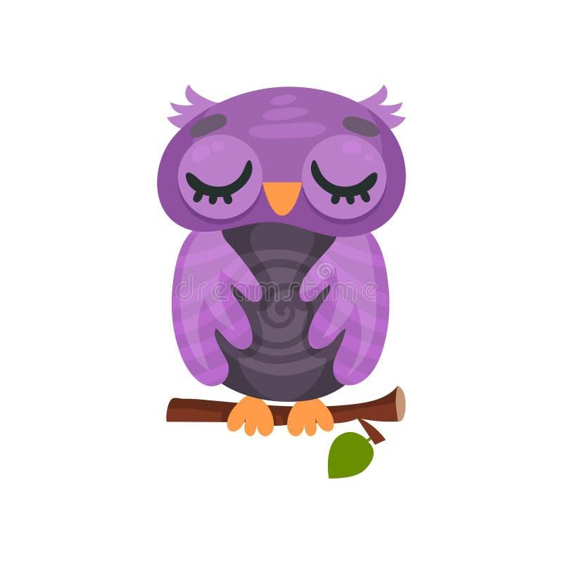 逗人喜爱的紫色猫头鹰之子睡觉在分支的,在白色背景的甜猫头鹰鸟漫画人物传染媒介例证 皇族释放例证